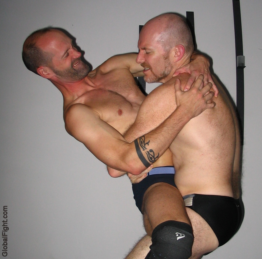 gay wrestling bearhugging men bearhugs holds photos