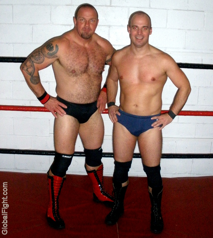 wrestling bulky powerlifter daddies