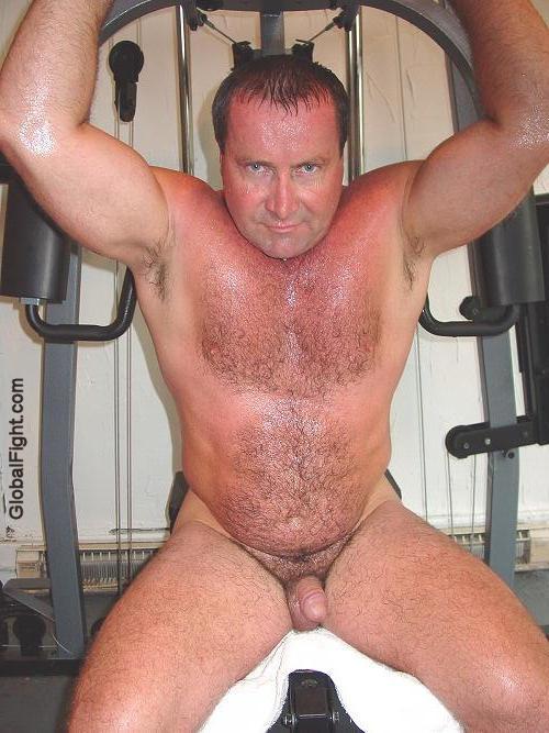 Huge Naked Musclemen Photos Gallery