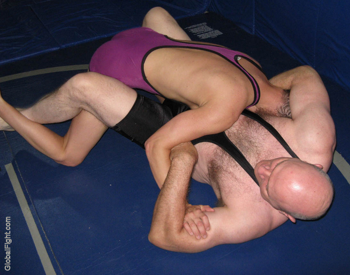 gay wrestling sex musclebear