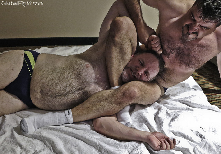 gay wrestling musclebears rassling